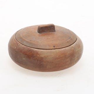 DOSA. Allmoge, med lock, 1800-tal..