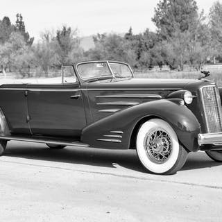 1935 Cadillac 452D Five-Passenger Convertible Coupe