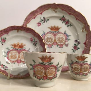 18th Century Chinese Porcelain Service Commissioned for a Noble Swedish Wedding