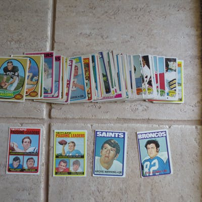 (80) 1970's Topps Football cards including Archie Manning rookie