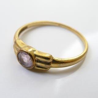 Ring, 333er Gold, mit Amethyst, um 1900