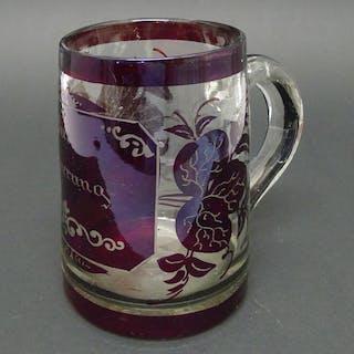 Biedermeier Glas Walzenkrug, Böhmen, Rotbeize und Gravur nach Friedrich