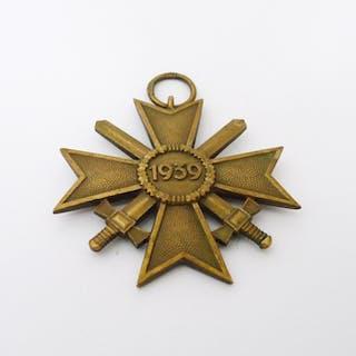 Orden / Ehrenzeichen Kriegsverdienstkreuz mit Schwertern, 2. Klasse, 1939