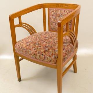 Jugendstil Armlehn-Sessel, um 1910, in westindischem Satinholz / Zitronenholz