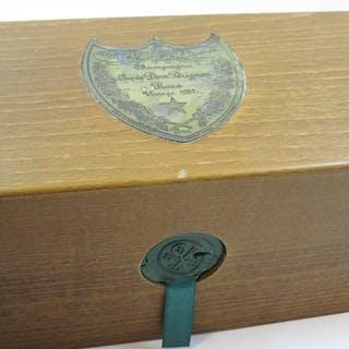 1 bouteille CHAMPAGNE DOM PERIGNON 1982 Rosé Coffret bois d'origine