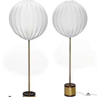 Hans Agne JAKOBSSON, Hans Agne JAKOBSSON 1919 - 2009 Paire de lampadaires