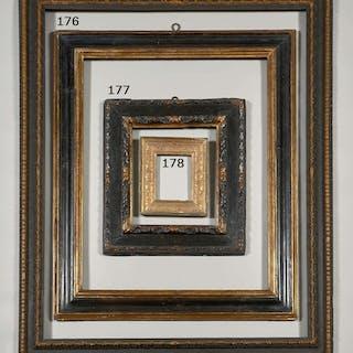Italie, XVIIe siècle, Italie, XVIIe siècle Cadre en bois mouluré et doré