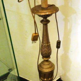 Candeliere Luigi XVI adattato a lampada