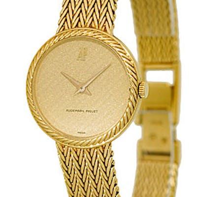 Lady's 18K Yellow Gold Audemars Piguet Classique Dresswatch