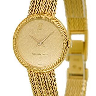 Lady's 18K Yellow Gold Audemars Piguet Classique Dresswatch