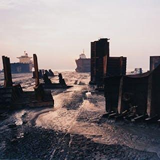 Shipbreaking #13, Chittagong, Bangladesh - Edward Burtynsky