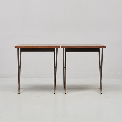 Lampbord, Ett par fällbara. Längd: 56