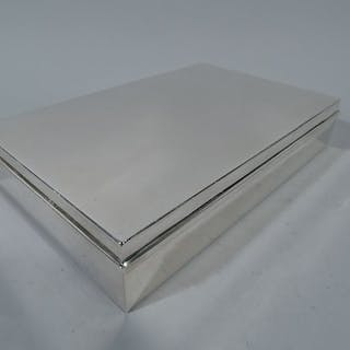 3d53ec5246b Sale Price: Large and classic sterling silver box – Current sales –  Barnebys.com