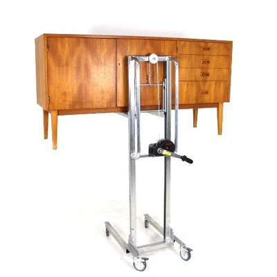 Manual lifter for furniture