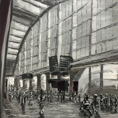 At the Liverpool train station - Gabriela Horikawa