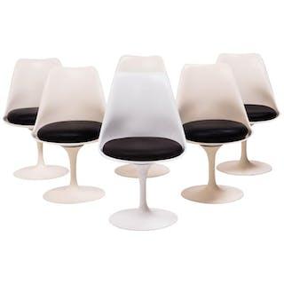 Set of Six Tulip Chairs as Originally Designed by Eero Saarinen, 1980s