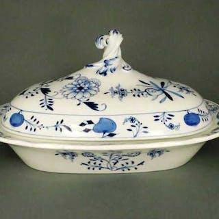 Schöne Porzellan Deckelschale mit Zwiebelmuster Blau Porzellanmanufaktur
