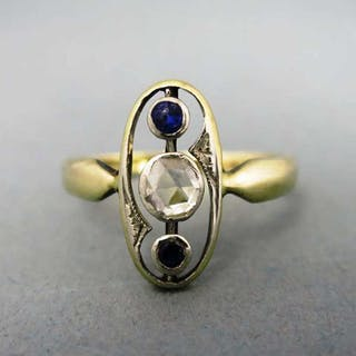 Schöner antiker Art Deco Damen Ring in Gold mit einer Diamantrose und Saphiren