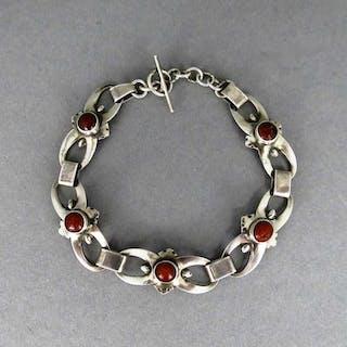 Interessantes Art Deco Designer Armband in Silber mit Bernstein von