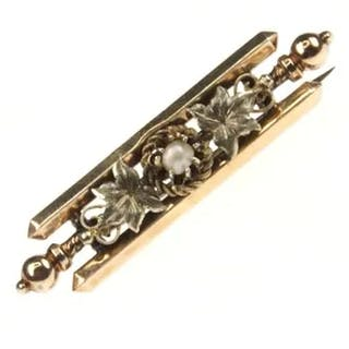 Vergoldete Silberbrosche mit Perle um 1885