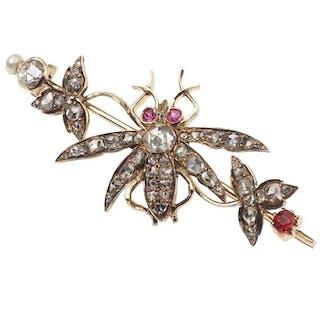 18 ct. Gold Brosche mit Diamanten, Rubinen & Perle, Tiermotivbrosche