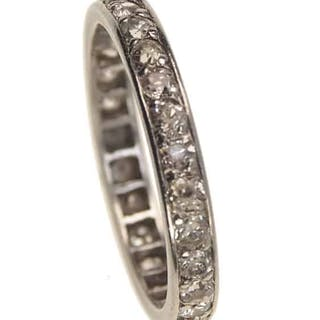 18 ct. Gold Vintage Eternity-Ring / Verlobungsring mit Diamanten um 1950