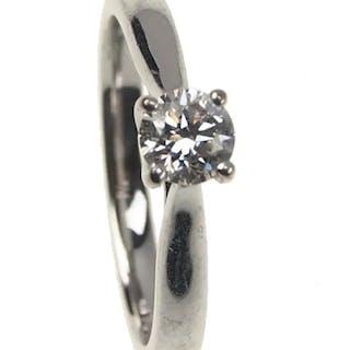 18 ct. Gold Vintage Ring / Verlobungsring mit Diamant Solitaire Birmingham