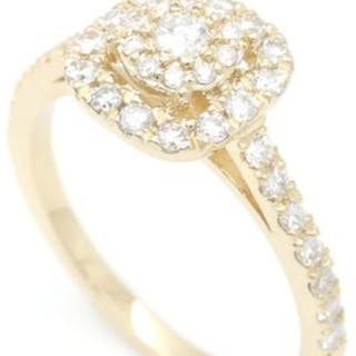 Yellow gold ring with diamonds, low reserve price