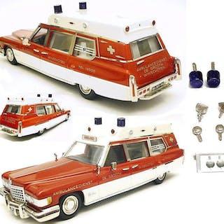 HHS - 1:43 - Cadillac Ambulance - Kit