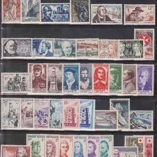 France 1956/1959 - Lot with 4 full years - Yvert 1050/1229