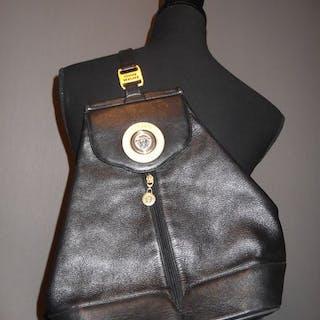 f0fc9344d9b6 Versace leather bag – Current sales – Barnebys.com