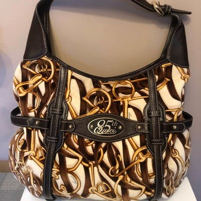 7634599f1 Gucci - 85th Anniversary - Velvet / leather horse-bit hobo bag ...