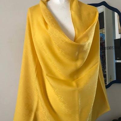 bafb8c35b Gucci Large stole in wool and silk | Barnebys