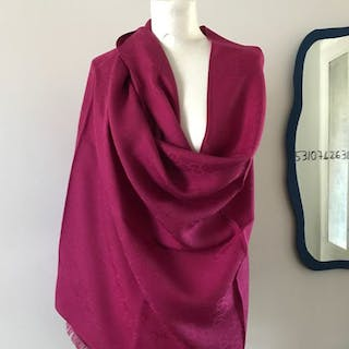 Gucci Large stole in wool and silk