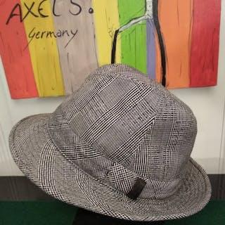 1b1b554e7 Borsalino Hat – Current sales – Barnebys.co.uk