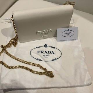 47e41ab2d29b Prada Evening bag – Current sales – Barnebys.com