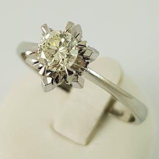 18 kt. White gold - Diamond ring - 750 gold - 1 diamond 0.45 ct