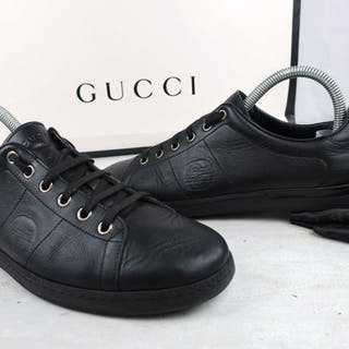 768bbe9890c Gucci - Black Leather Interlocking GG Sneakers – Current sales –  Barnebys.com