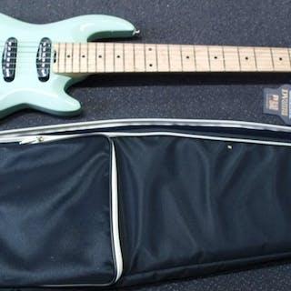 DV Mark - DV Little Guitar F1 HSS Carribean Green...