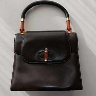 47be19cfeeb Gucci – 拍賣– Barnebys.hk上的所有拍賣