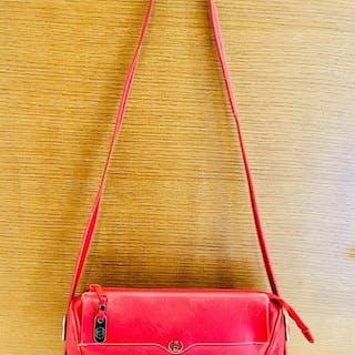 d0127df032fc Gucci Crossbody bag – Current sales – Barnebys.com