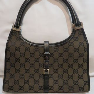 Gucci bag – Auction – All auctions on Barnebys.co.uk fa8fe4e9d0f