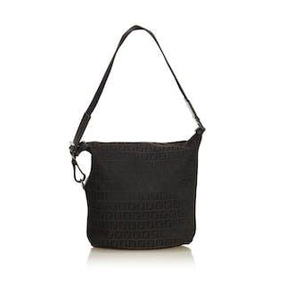 73549a6dc7e Fendi - Zucchino Canvas Shoulder Bag – Current sales – Barnebys.com