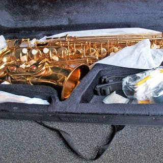 28693747e21 Saxophone – Auction – All auctions on Barnebys.co.uk