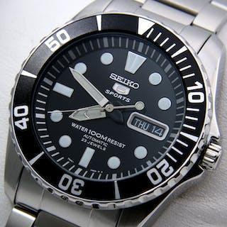 b49678fcfd3 Seiko - Automatic 23 Jewels Black Dial - NO RESERVE PRICE - - Men - 2018 –  Current sales – Barnebys.com