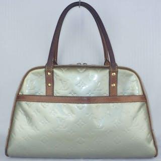 Louis Vuitton - Lime Green Vernis Thompkins Square Handbag Catawiki · Louis  Vuitton - Houston-miniHandbag- No Reserve Price!  cdb6bcd3a42d2
