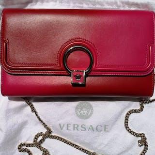 a7eb37e64152 ... uk availability 5cfd5 6536d Versace Shoulder bag – Current sales –  Barnebys.co.uk ...