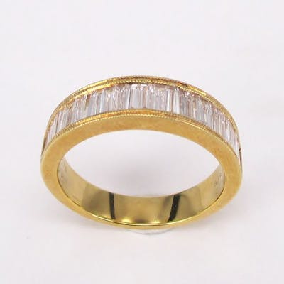 Classic Band Ring in 0.94 carats Diamond Baguettes in 18 kt Yellow Gold