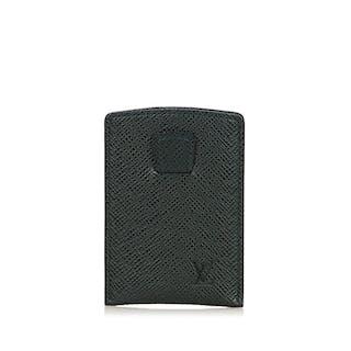 93642074135c Louis Vuitton - Taiga Epicea Card Holder – Current sales – Barnebys ...