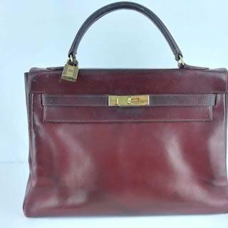 Hermès - Kelly Handbag – Current sales – Barnebys.com 6c0e3c95f6e81